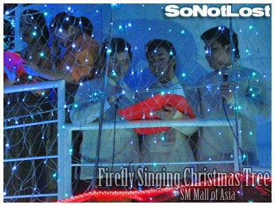 Firefly Singing Christmas Tree