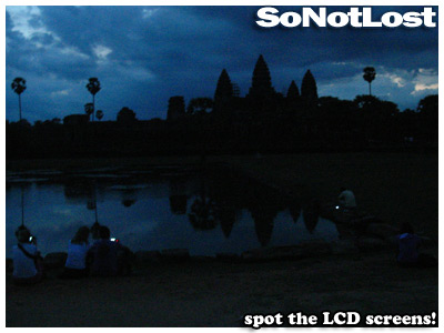 spot the LCD screens! (Angkor Wat)