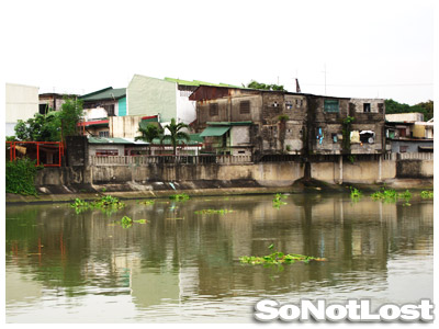 Slums Along Pasig River - Click to View Hi-Res Image