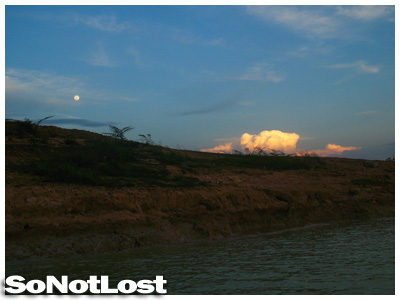 moonrise at Tonle Sap