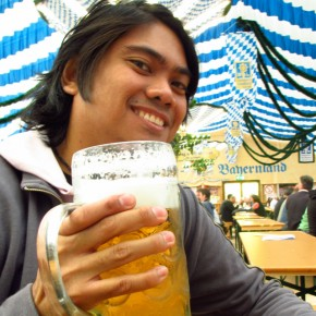 TravelTuesday Picture of the Week: 1 Litre Beer at Frühlingsfest (Munich, Germany)