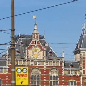 TravelTuesday Picture of the Week: Amsterdam Centraal Railway Station (Amsterdam, Netherlands)