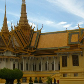 TravelTuesday Picture of the Week: Royal Palace, Phnom Penh (Cambodia)