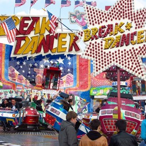 TravelTuesday Picture of the Week: Break Dancer Ride at Frhlingsfest (Munich, Germany)
