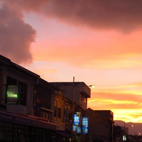 TravelTuesday Picture of the Week: Sunset in Georgetown (Penang, Malaysia)